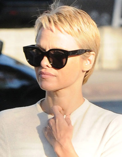 Pamela Anderson's Edgy Blonde Pixie Hairstyle