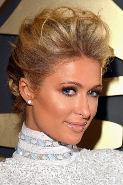 Paris Hilton S Messy Updo At The 2014 Grammy Awards Prom
