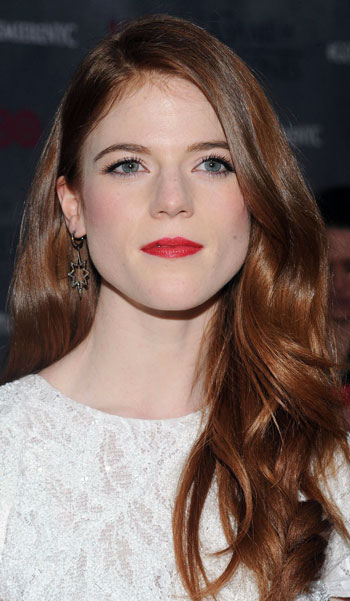Rose Leslie's Elegant Long Wavy Hairstyle