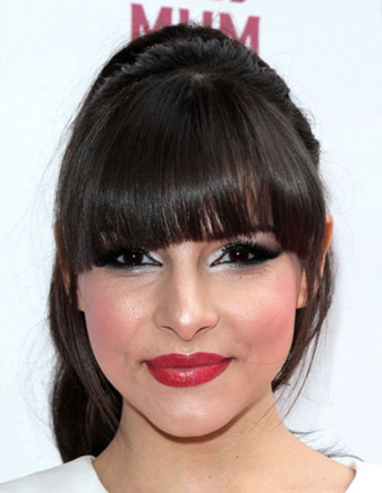 Roxanne Pallett's Cute Ponytail with Blunt Bangs
