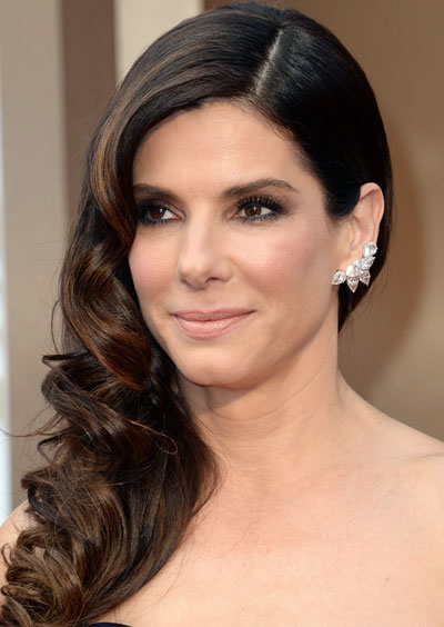 Sandra Bullock's Elegant Curly Side Swept Hairstyle at the 2014 Oscars