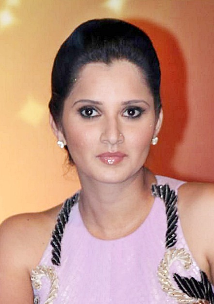 Sania Mirza's Glamorous High Updo Hairstyle