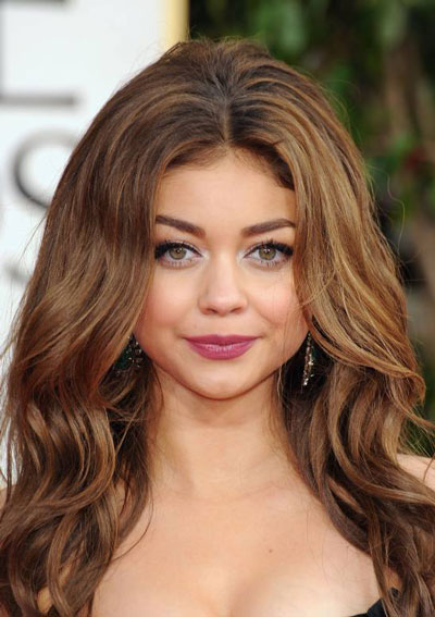 Sarah Highland's Sultry Voluminous Bedhead Hairstyle at the 2013 Golden Globes