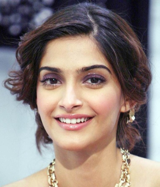 Sonam Kapoor's Elegant Loose Low Chignon Hairstyle