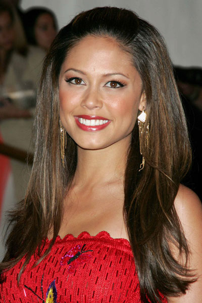 Vanessa Minnillo's Sexy Bouffant Half Up Hairstyle