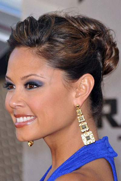 Vanessa Minnillo's Sultry Messy French Twist Hairstyle