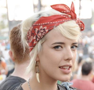Agyness Deyn's Short Straight Blonde Hair With Red Bandanna Hairdo
