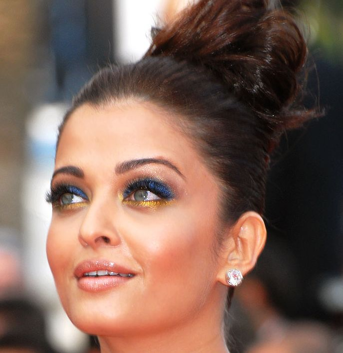 Aishwarya Rai Bachchan Hairstyles Careforhair Co Uk