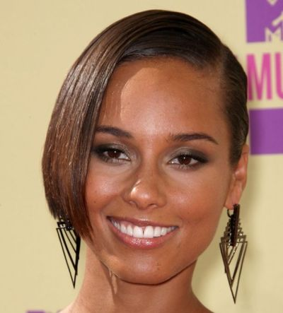 Alicia Keys's Black Hair In Sleek Elegant Formal Updo