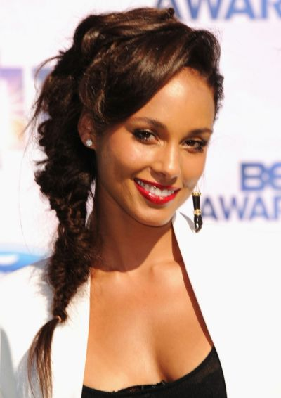 Alicia Keys's Long Black Hair In Fishtail Ponytail Hairdo