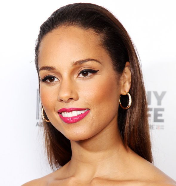 Alicia Keys's Straight Black Hair In Sleek Slicked Back Hairstyle