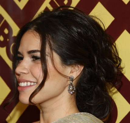 America Ferrera's Black Curly Hair In Loose Casual Curly Updo