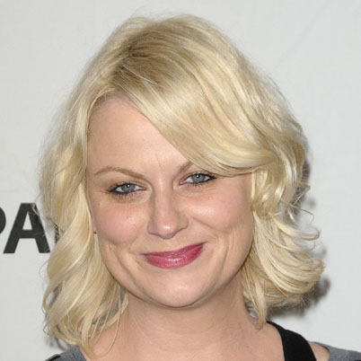 Amy Poehler's Short Blonde Wavy Hair With Side Bangs