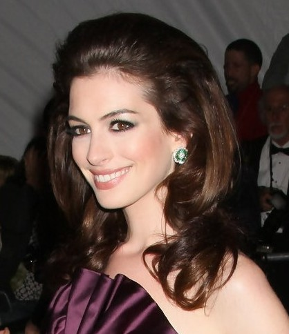 Anne Hathaway Long Brown Hair In Formal Bouffant Hairstyle