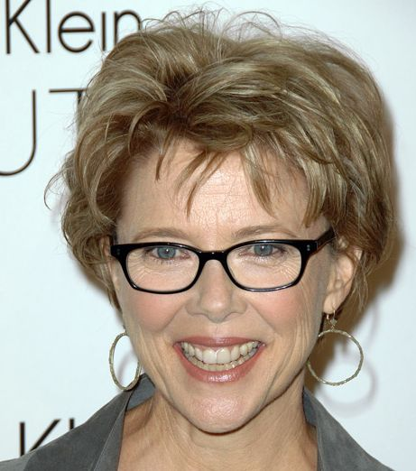 Annette Bening's Short Highlighted Brown Mature Sassy Smart Hairstyle