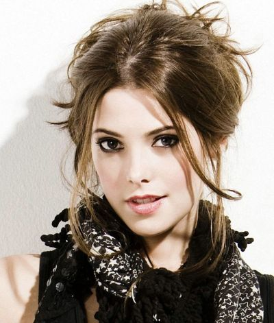 Ashley Greene's Long Brown Hair In Messy Loose Updo Hairdo