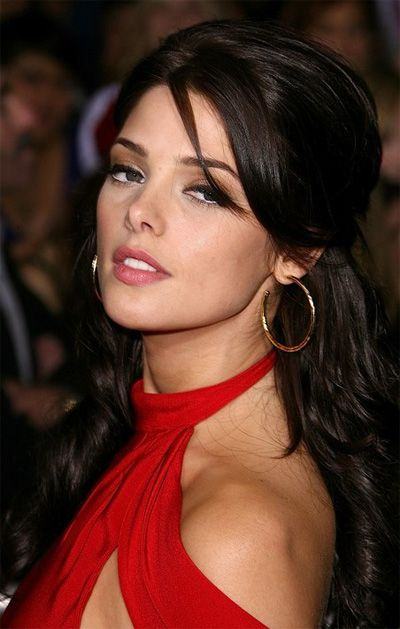 Ashley Greene's Long Straight Brown Hair In Half-Up Hairdo