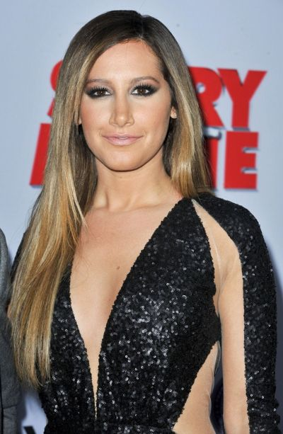 Ashley Tisdale's Long Sleek Straight Blonde Hairstyle For Teens