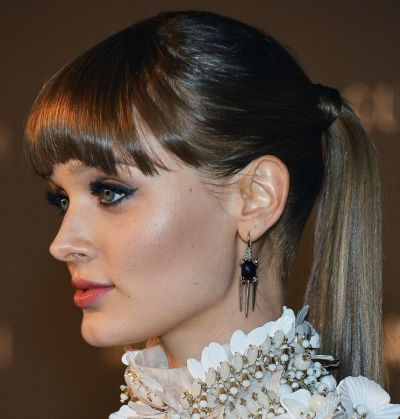 Bella Heathcote's Long Straight Brown Hair In Ponytail Hairdo