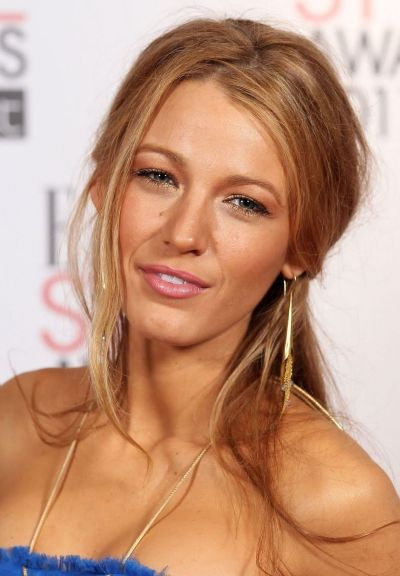 Blake Lively's Long Straight Blonde Hair In Half-Up Hairdo