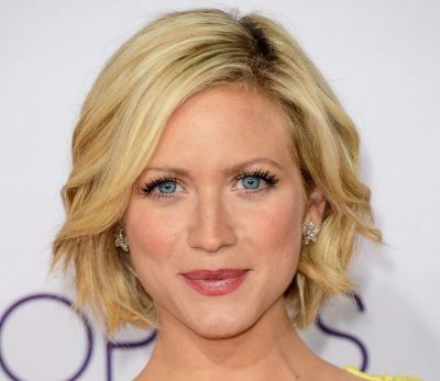 Brittany Snow's Blonde Hair In Short Wavy Bob Hairstyle