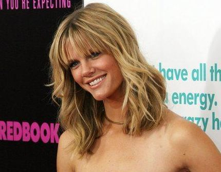 Brooklyn Decker's Medium-Length Blonde Hair With Choppy Bangs