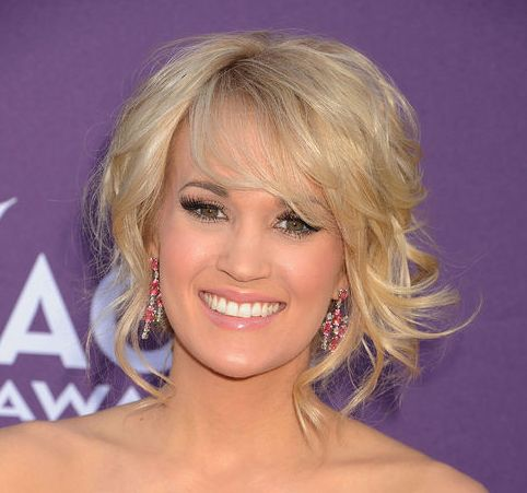Carrie Underwood's Blonde Hair In Messy Curly Formal Updo