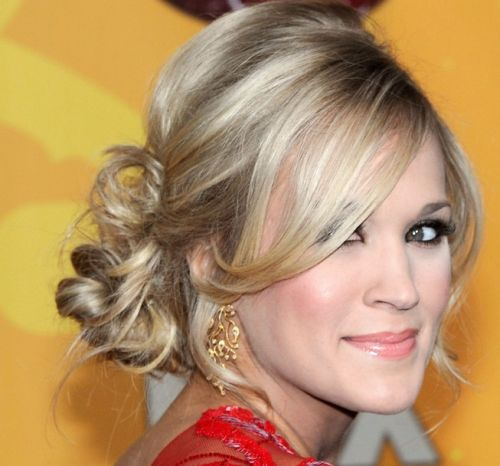 Carrie Underwood's Long Blonde Hair In Formal Curly Chignon
