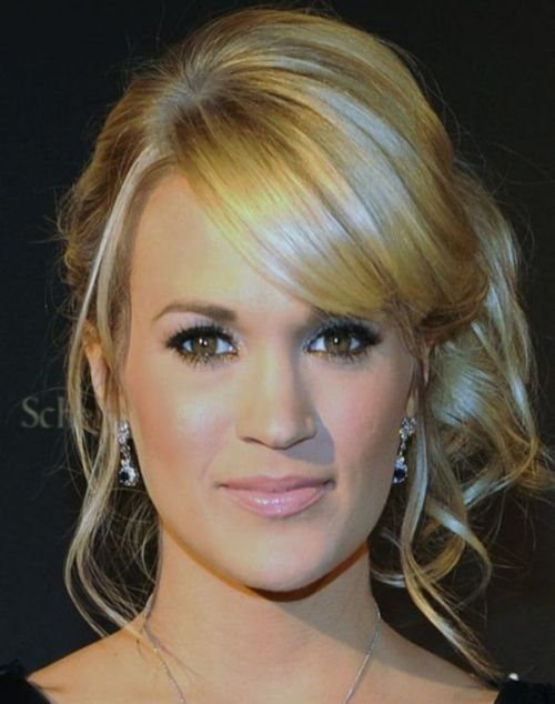 Carrie Underwood's Long Blonde Hair In Romantic Curly Awards Updo
