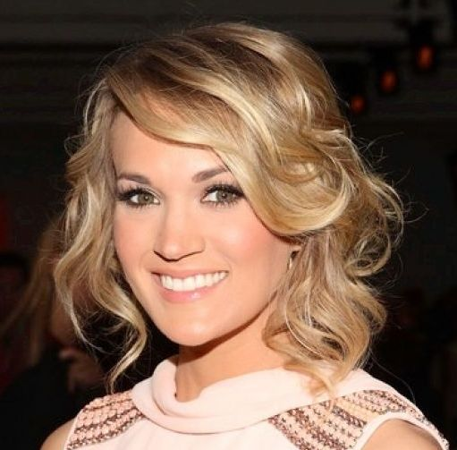Carrie Underwood's Long Blonde Layered Hair In Loose Romantic Updo