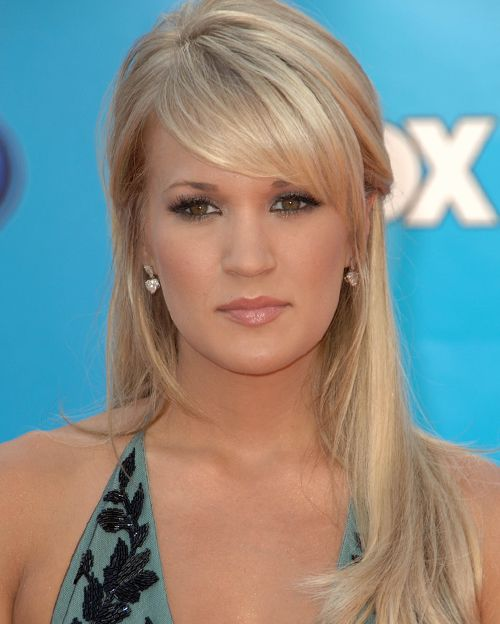 Carrie Underwood's Long Straight Blonde Hair In Half-Up Hairdo