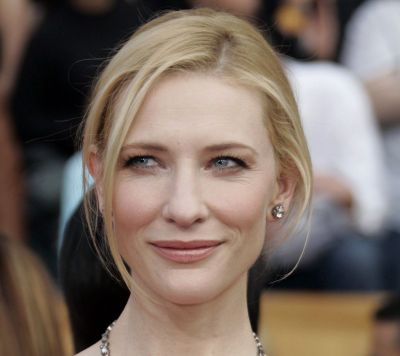 Cate Blanchett's Straight Blonde Hair In Simple Formal Updo