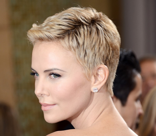 Although High-Maintenance, Charlize Theron's Pixie Blonde Haircut Breathes Confidence