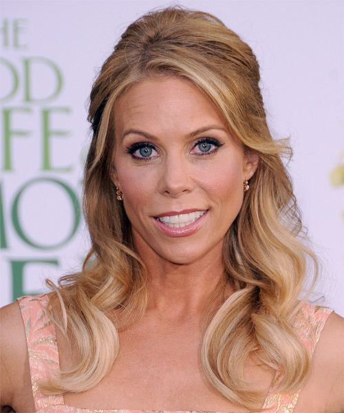 Cheryl Hines's Long Blonde Hair In Romantic Half-Up Hairdo