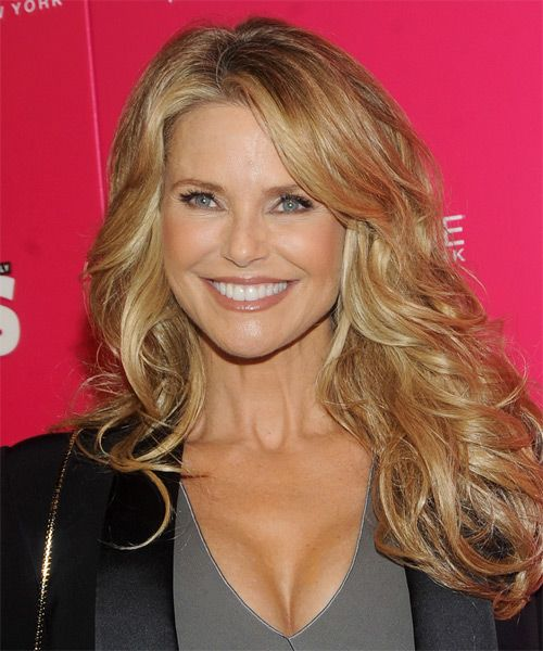 Christie Brinkley's Long Blonde Hair In Layered Wavy Hairstyle