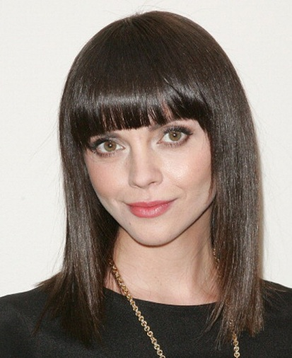 Christina Ricci In Medium Straight Brown Hairstyle With Blunt Bangs