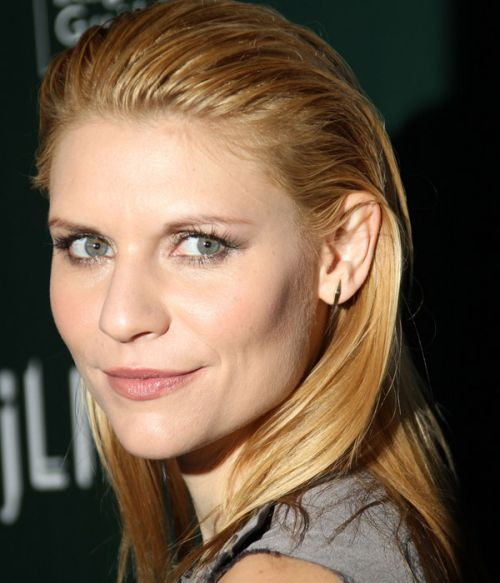 Claire Danes's Straight Blonde Hair In Pushed Back Hairstyle