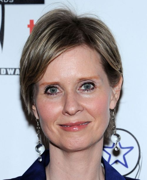 Cynthia Nixon's Short Straight Hair In Mature Hairstyle
