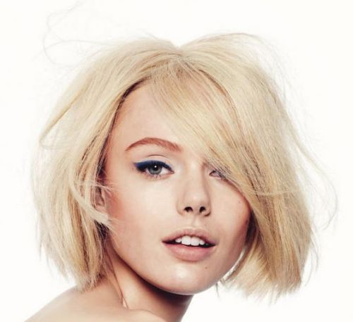 Elena Perminova's Platinum Blonde Hair In Straight Textured Bob Hairstyle
