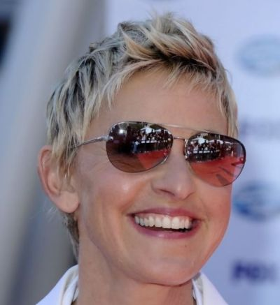 Ellen Degeneres's Blonde Straight Hair In Short Pixie Hairstyle