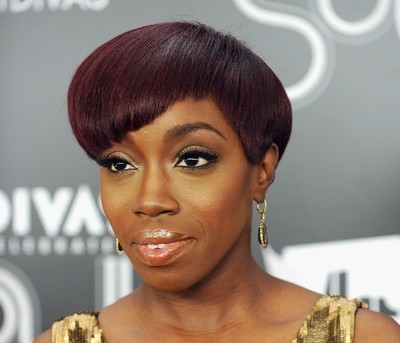Estelle Swaray Black Sleek Straight Hair In Chic Wedge Hairstyle