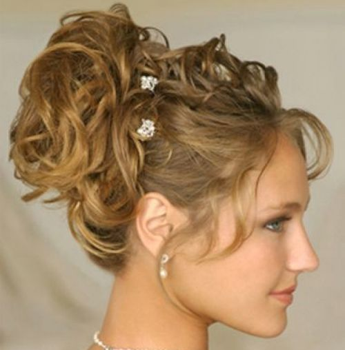 Golden Blonde Wavy Hair In Classic Prom Updo With Flowers