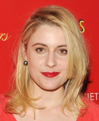 Greta Gerwig Medium-Length Blonde Layered Straight Pretty Hairstyle