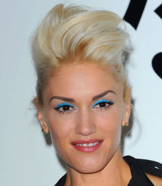 Gwen Stefani's Blonde Hair In Bouffant Formal Updo