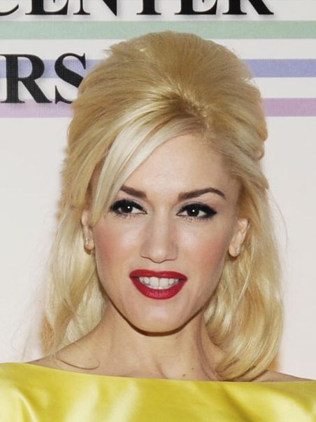 Gwen Stefani's Blonde Straight Hair In Half-Up Formal Hairdo