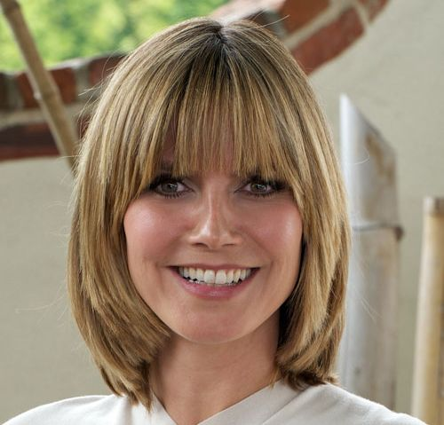 Heidi Klum's Blonde Hair In Straight Choppy Bob Hairstyle