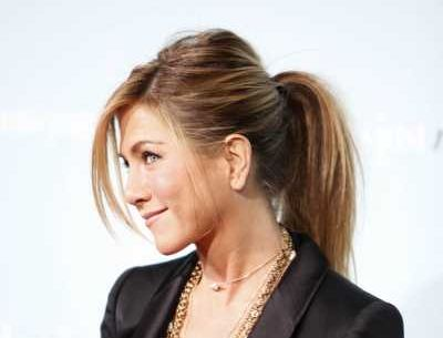 Jennifer Aniston's Long Straight Brown Hair In Casual Ponytail