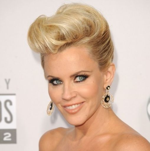 Jenny McCarthy's Blonde Hair In Formal Pompadour Updo