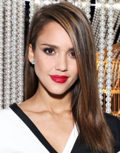Jessica Alba's Long Straight Brown Hair With Deep Side Part