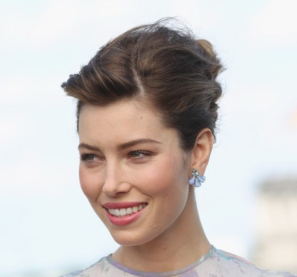 Jessica Biel Brown Hair In Formal French Twist Updo Hairdo